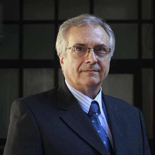 Dr. Gustavo Vigliocco