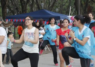 El CAPS El Bosque realizó actividades por la Campaña 100.000 Corazones