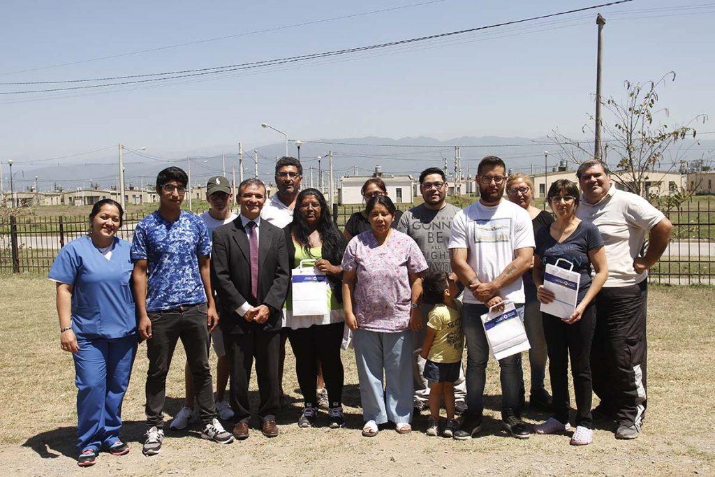 Se entregaron 30 anteojos en el CIC Los Chañaritos