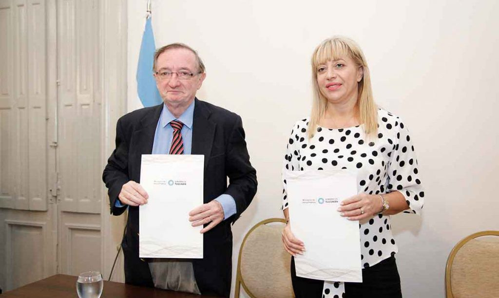 La ministra de Salud firmó un convenio con autoridades de la Facultad de Medicina de la UBA