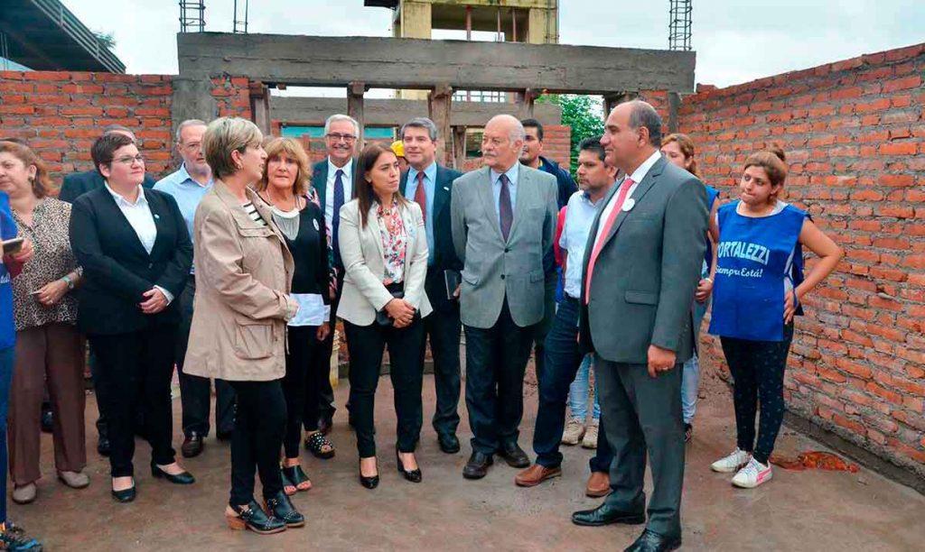 Vigliocco acompañó al gobernador en el avance de obra de la Escuela Madre de la Patria