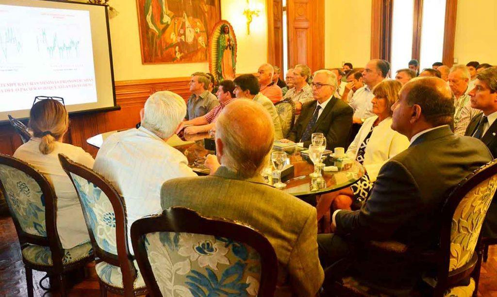 Vigliocco acompañó al gobernador en la reunión con el Comité de Emergencias