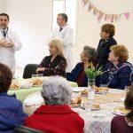 Tucumán, 13 junio de 2019SALUD PÚBLICALa ministra Chahla compartió un desayuno con pacientes de la Escuela de Adultos Mayores del Avellaneda.