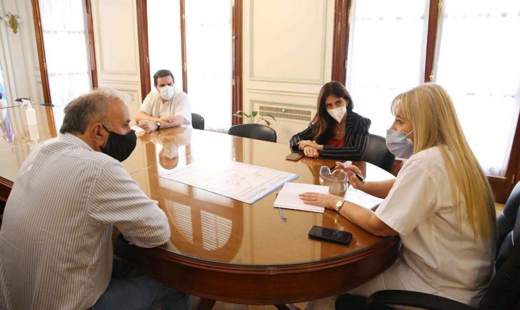 Salud y PAMI trabajan juntos para la vacunación contra el Covid-19 – Ministerio de Salud Pública de Tucumán